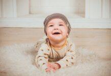 kaftanik i koszulka dla niemowlaka