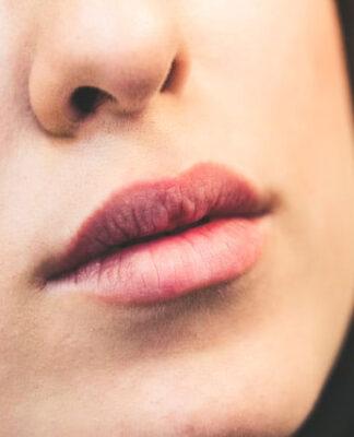 Czy warto korzystać z usług salonów kosmetycznych